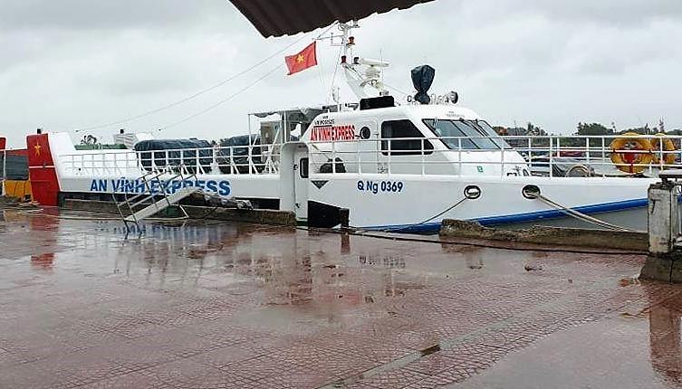 Các tàu cao tốc chạy tuyến Sa Kỳ - Lý Sơn hoạt động trở lại.